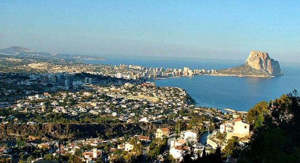 Panorama of Calpe, its bay and the Peñón de of Ifach.