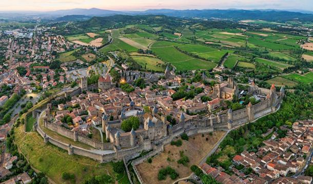 Panorama of the Citadel of Carcassonne. (CC BY-SA 4.0)