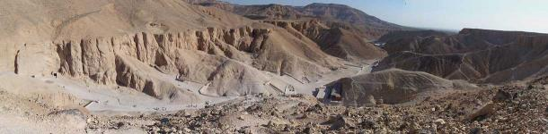 Panorama of the Valley of the Kings, looking north. By Nikola Smolenski.