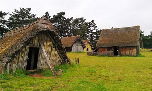 Panorama of the reconstructed 7th century West Stow Anglo-Saxon village, summer 2012. (Midnightblueowl/CC BY SA 3.0)