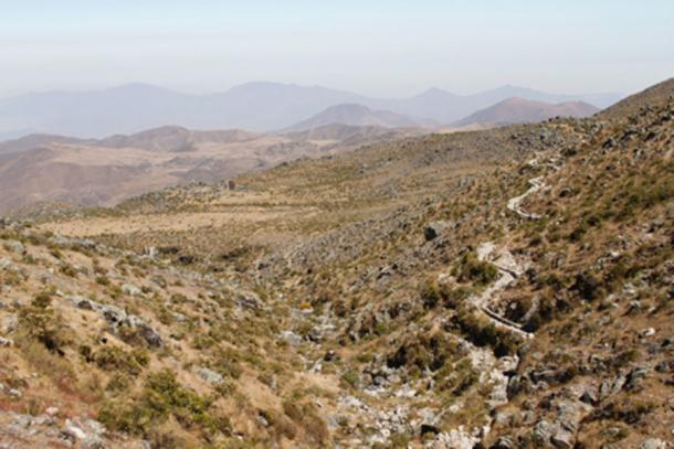 Panoramic view of a diversion canal as part of the pre-Inca infiltration system during the wet season. Canals like this divert water during the wet season to zones oh high permeability. Water is stored in the soils and becomes available during the dry season. The city of Lima would be located downstream in the horizon background. Credits: Sam Grainger, Imperial College London, 2015.