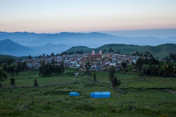 Panoramic view of the community of Huamantanga in the central Andes, where the pre-Inca infiltration system is located. The city of Lima would be located downstream in the horizon background. Credits: Junior Gil-Ríos, CONDESAN, 2014.
