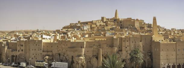 Panoramic view of Bou Noura (Fotolia)