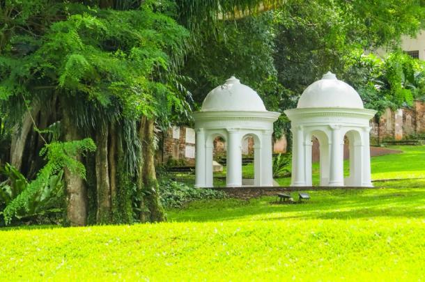 Park architecture in Fort Canning Park, Singapore (Arndale/ Adobe Stock)