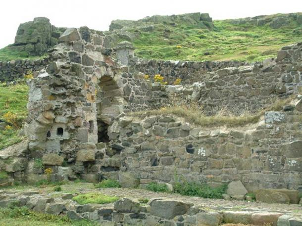 Parts of the priory buildings here, dedicated to St Ethernan (or Adrian), date from the 11th century.