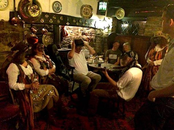 Patrons at the British pub. (The Old Church House Inn / Facebook)
