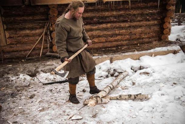 Pavel Sapozhnikov said his axe was his most important tool. (Homestead Basics)