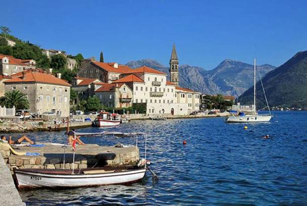 View of the town of Perast, Montenegro from the west. It was in this setting that Count Vicko Bujović grew up, prospered, gained military fame, and died. (Marcin Konsek / CC BY-SA 4.0)