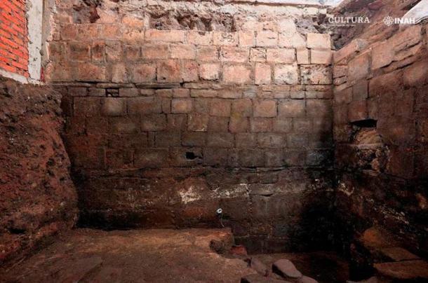 Perspectiva de una sección de un cuarto de la casa de Hernán Cortés, construida sobre los restos del Palacio de Axayácatl. (Raúl Barrera R. / PAU-INAH)