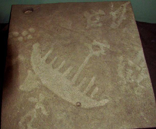 Petroglyph concrete cast