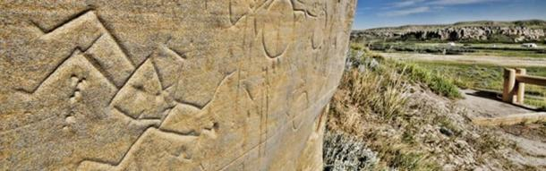 Pictographs found at Writing on Stones Park. (Image: Alberta Parks)