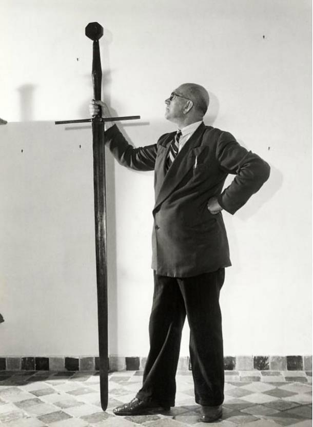 Picture of Grutte Pier's Sword. (1953) Fries museum in Leeuwarden.