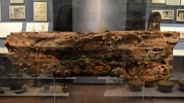 Piece of a wooden plank from the Antikythera Shipwreck, from the lower part of the ship's hull. (Dan Diffendale / CC BY-SA 2.0)