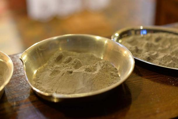 Pot ash used in the Ash Wednesday ceremony. (Public Domain)
