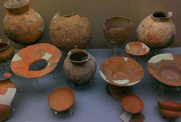 Pottery from the Makimuku archaeological site. (CC BY SA 3.0)