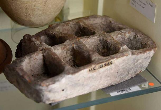 Pottery tray with 8 compartments. Redware, rectangular. 11th Dynasty. From Kurna (Qurna), Egypt. The Petrie Museum of Egyptian Archaeology, London. With thanks to the Petrie Museum of Egyptian Archaeology, UCL.