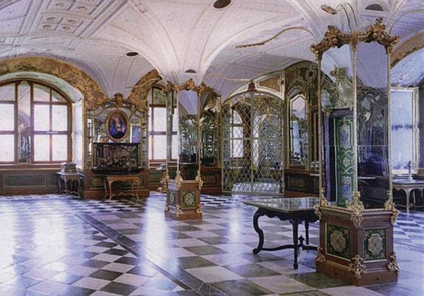 Pretiosensaal in the Historic Green Vault in Dresden.