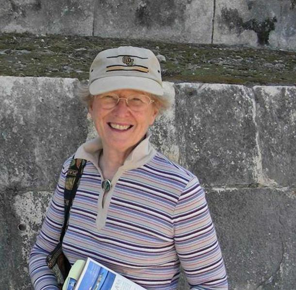 Le professeur Paula Villa, auteur principal de l'étude, ne pense pas que les hominidés de Castel di Guido qui fabriquaient des outils en os d'éléphant étaient extraordinairement intelligents, par rapport aux Néandertaliens vivant dans d'autres régions.  (Fondation Leakey)