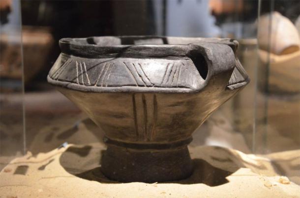 Przeworsk burial urn. (Silar/CC BY SA 3.0)