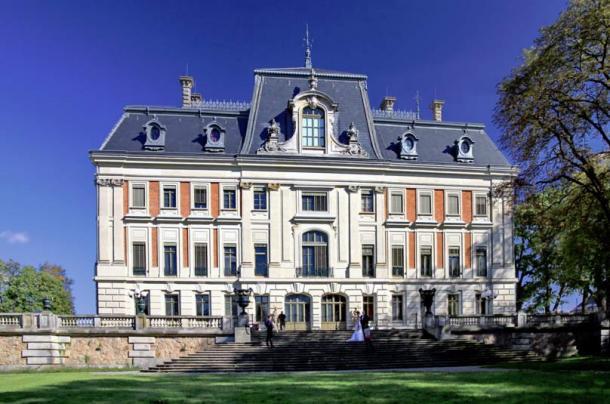 Pszczyna, palace, now Castle Museum.