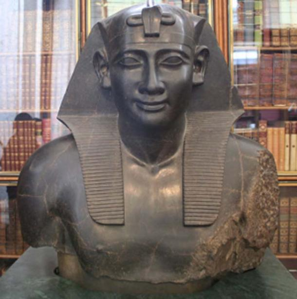 Ptolemy as the pharaoh of Egypt. (Einsamer Schütze / CC BY-SA 3.0)