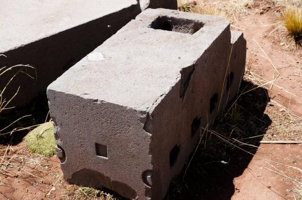 Stone block at Puma Punku, Bolivia. (Adwo /Adobe Stock)