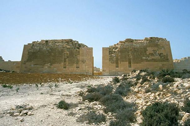Pylons of the Temple of Osiris, Abu Sir (Taposiris magna), Egypt. (Roland Unger/CC BY SA 3.0)