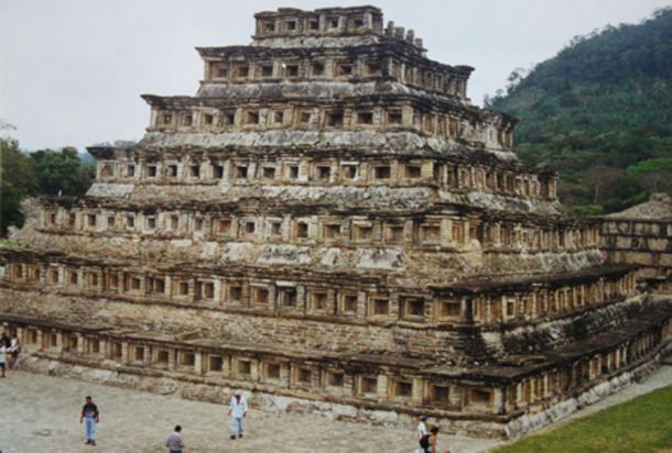 Pyramid of the Niches, El Tajín (Public Domain)