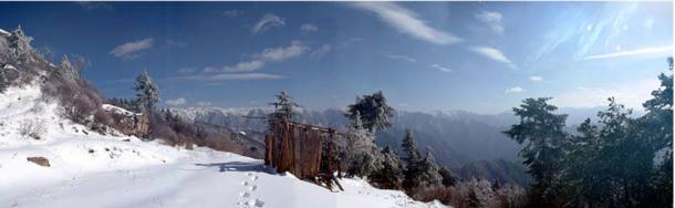 Qin Ling Mountains china - En busca de la legendaria 1.000 pies Pirámide Blanca de Xian