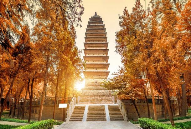 The Qiyun Pagoda was built in 69 AD. It can be reached by crossing a garden and a bridge near the main temple. It has been destroyed many times throughout history. (gui yong nian / Adobe Stock)