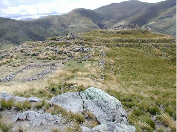 The fortress site of Quitoloma, one of 20 fortresses built by the Inca on the ridges of Pambamarca.  Credit: Chad Gifford / Pambamarca Archaeological Project