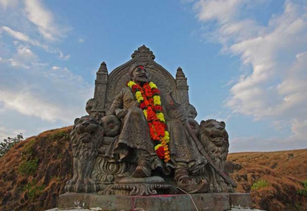 A statue of Shivaji Maharaj at Raigad fort, Maharashtra.