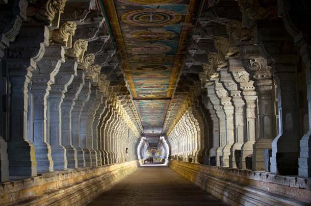 Ramanathaswamy Temple corridor.