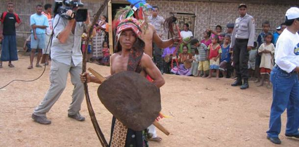 Rampasasa people are from Waemulu village, Flores – near Liang Bua where 'the Hobbit' fossils were discovered. (Dean Falk, Florida State University , Author provided)