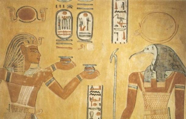 Ramses III (left) and god Thoth (right) in tomb of Khaemwaset (QV44)