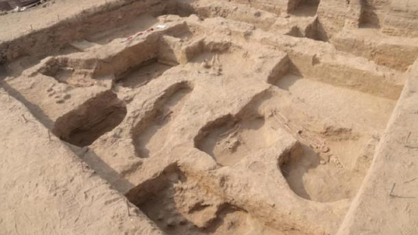 Recently unearthed Moche tombs. (Ministerio de Cultura)