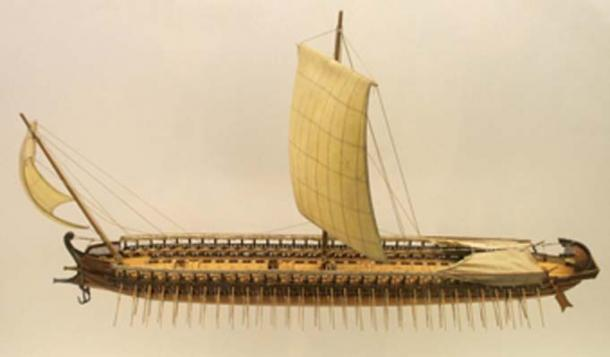 Reconstructed model of a trireme, the type of ship in use by both the Greek and Persian forces. (Sting / CC BY-SA 3.0)