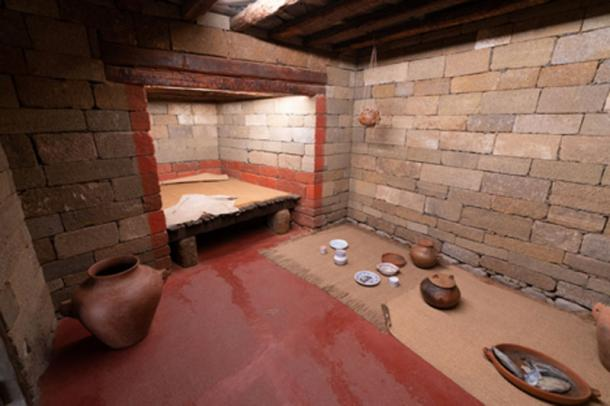 Reconstruction of a typical home built by the Guanches.