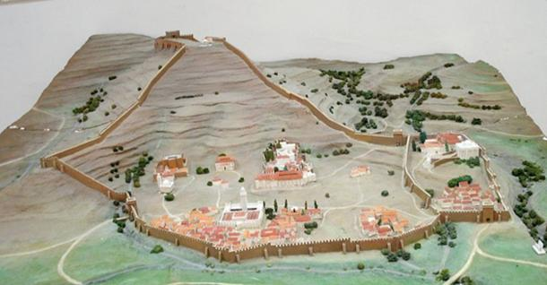 Reconstruction of the fort. (Yelles/CC BY SA 3.0)