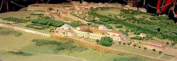 A reconstruction of Hadrian's Villa. (The original uploader was Guilhem06 at French Wikipedia. / CC BY-SA 1.0)