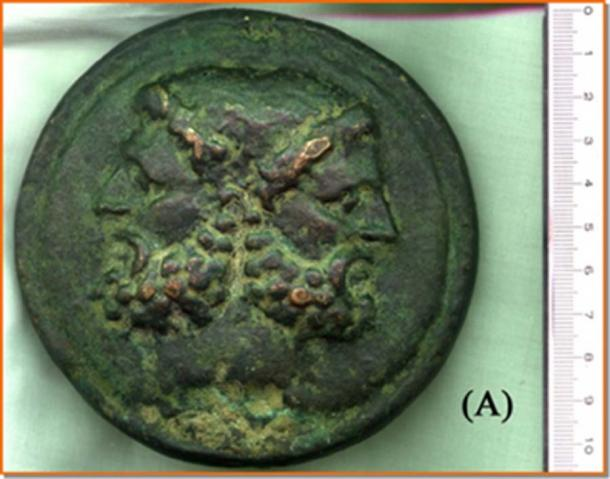 """Recto"" of the coin of the private collector to natural size. It appears to be identical to that of the museum. Except for a very small detail illustrated in the text. (Image: Courtesy Dr Roberto Volterri)"