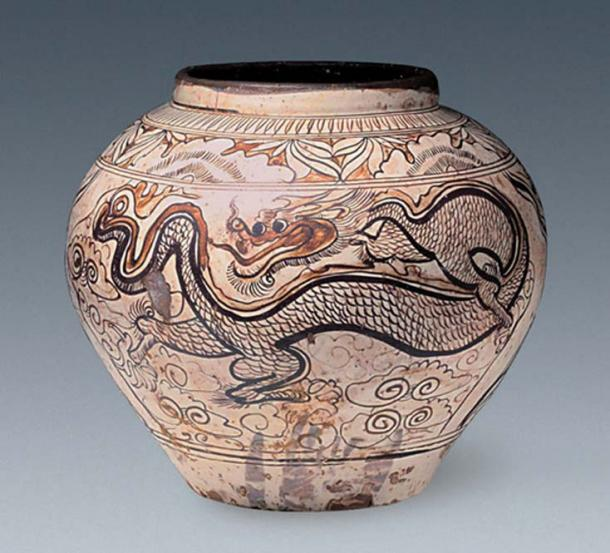Relics including this jar decorated with a dragon and phoenix design have been found.
