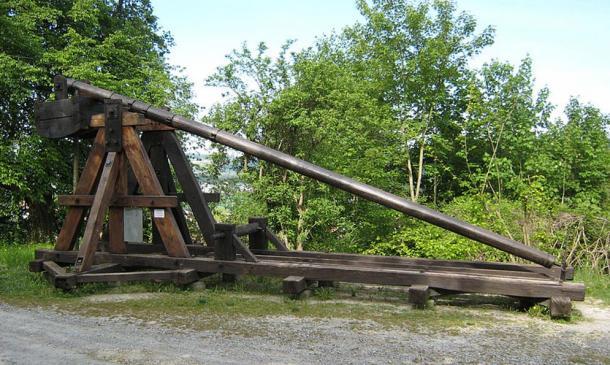 Replica of a trebuchet, Castle Laupen, Switzerland.