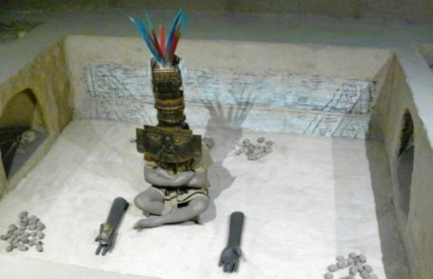 Representation of one burial at Huaca Loro, Sican National museum, Ferreñafe, Peru