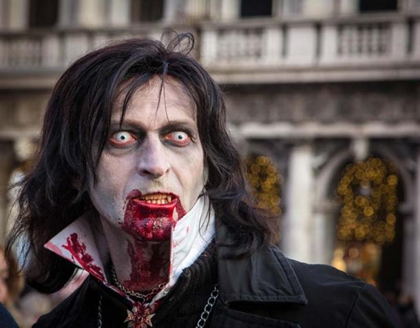 Representation of a vampire who has bitten someone.