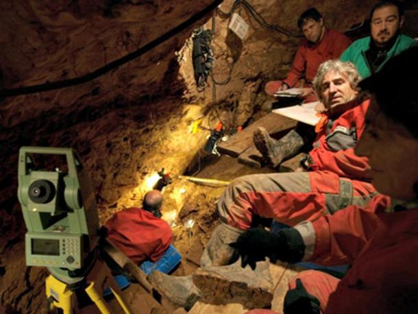 Juan Luis Arsuaga, a member of the Research Team of Pleistocene sites in the Sierra de Atapuerca and scientific director of the Museum of Human Evolution in Burgos, Spain, with his team during excavations in the Sima de los Huesos.