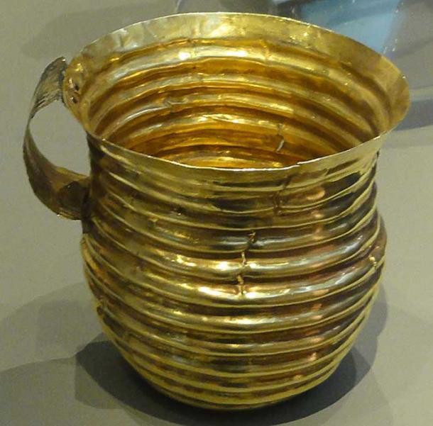 The Rillaton Gold Cup (CC by SA 3.0)