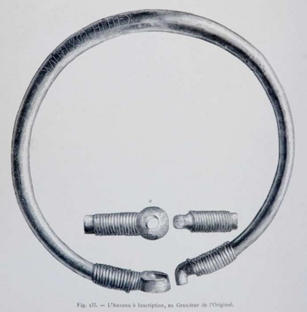 A drawing of the Ring of Pietroasele.