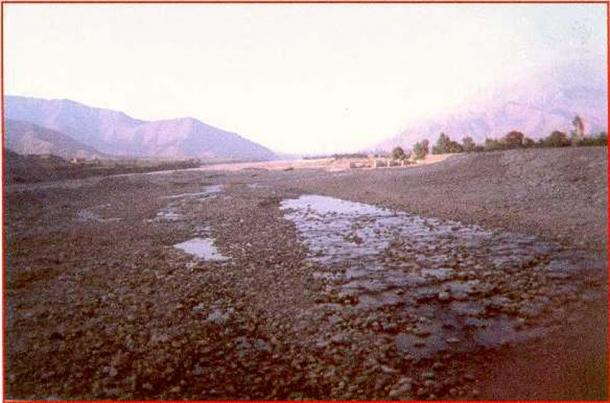 The Rio Ica during a dry spell, 1999.