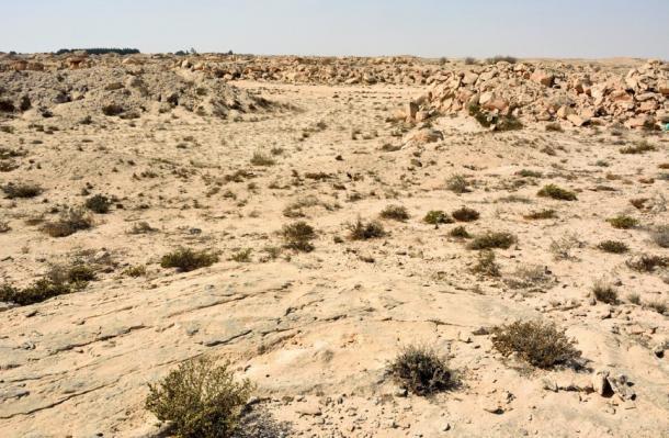 Rocky desert landscape of Al Jassasiya, Qatar (Alizada Studios / Adobe Stock)